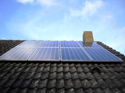 zonnepanelen weegbree, Krimpen aan den IJssel, zonnepanelen schuin dak, beste zonnepanelen, rendement zonnepanelen, Rotterdam zonnepanelen, zonnepanelen montage, montagemateriaal zonnepanelen, omvormer zonnepanelen, LG zonnepanelen kopen